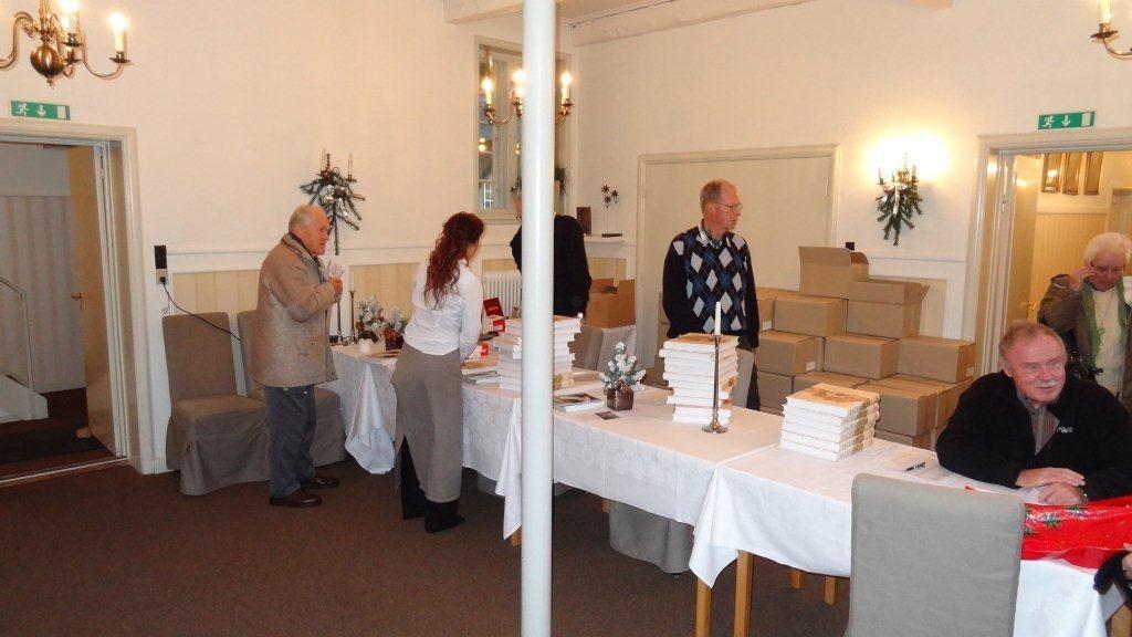 Einar packness bogen udleveres einar packness bogen 2011 dsc00187 2